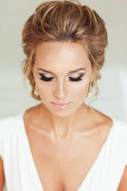 wedding day makeup or hair first