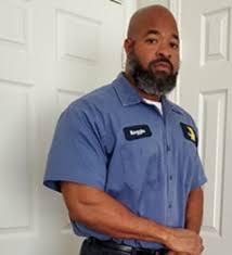 Front-Line Employee Profile: Reginald Johnson, DART LRV Mechanic