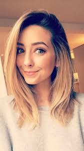 zoe sugg hey im zoe im 26 dating