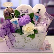 diy mothers day gift baskets to make at