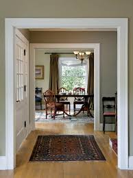 choosing paint colors for a colonial