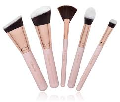 face contouring tips highlight and