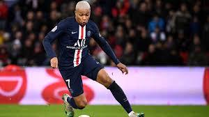 Coronavirus Lione-Psg In Ligue1 si gioca normalmente. Almeno per ...