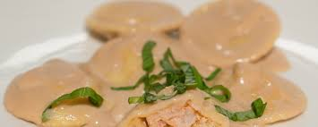 Lobster Ravioli with Bisque Sauce ...