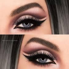 dramatic makeup for blue eyes cat eye