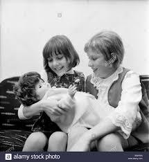 Children playing: Girls: Hilary wood (Left) and Melanie Smith (Both Stock  Photo - Alamy