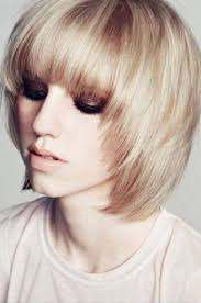 haircuts for women with thin hair