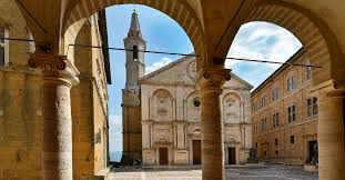 The twenty years of Pienza as an UNESCO site