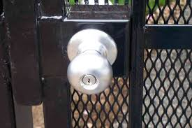 Fence Gate Locks And Installation Portland Or Pacific Fence Wire Co