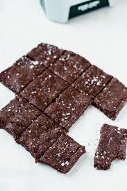 homemade chocolate brownie larabars