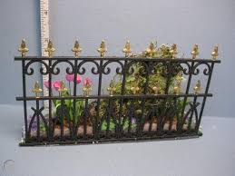 Wrought Iron Fence Behind Flower Bed 346a L Dollhouse Miniature 1729443516