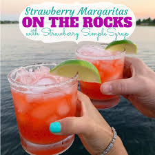 how to make easy strawberry margaritas