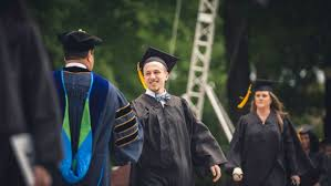 scholarships financial aid on