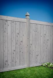 Driftwood Wood Grain Pvc Vinyl Privacy Fence By Illusions Vinyl Fence Traditional Landscape New York By Illusions Vinyl Fence
