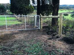 Rural Fencing Whittlesea Treated Pine Posts With 3 Timber Droppers And 6 Plain Waratah Wires Northern Rural Fencing