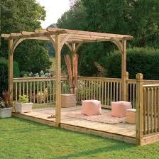 garden decking ideas for small and