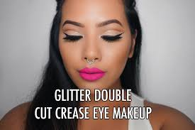 how to put on eye makeup when you wear