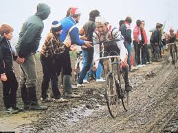 "Ronin & The Rides: Paris Roubaix ""Neraka di Utara"""