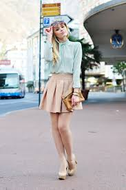 how to dress the romantic fashion