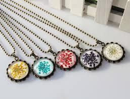 25mm round pressed flower necklace