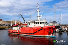 Vessel DSV CURTIS MARSHALL (Ship used by divers) IMO 9775012, MMSI 235107219