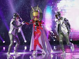 The Masked Singer 1 Episode 4 Clues and Guesses (PHOTOS + VIDEO)