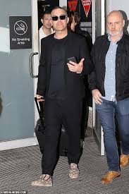 Robbie Williams touches down in Melbourne ahead of his only ...