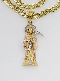pendant with chain gold plated