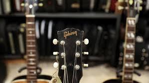 Gibson, Si Raksasa Gitar yang Gulung Tikar