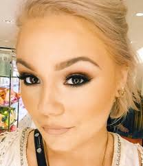 stani makeup artist in chicago il
