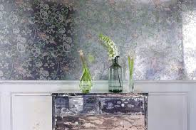 your brief guide to wallpaper types