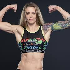 Still under UFC contract, Jessamyn Duke heads back to Invicta to gain cage  experience - MMA Fighting