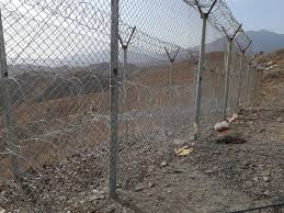 Pakistan Afghan Border Army Completes Fencing Of 482km Border Strip The Express Tribune
