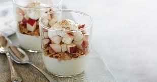 mini apple yogurt parfait