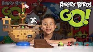 Angry Birds GO! - PIRATE PIG ATTACK Game - Jenga Unboxing & Review ...