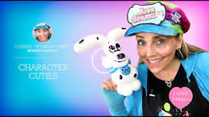 Learn to twist balloons with Corrine Smith - YouTube