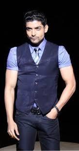 Gurmeet Choudhary as Maan Singh Khurana in TV Show Geet - Hui ...