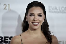 Eva Longoria 'Thankful' for Body After Trying on Pregnancy Pants
