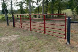 China Widely Used Practical Durable Best Quality Cattle Fence Farm Fence Gate China Farm Gates And Fence Door Price