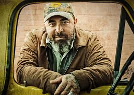 Aaron Lewis Shares a 'Whole Lot of Truth' on 'Sinner' Sounds Like ...