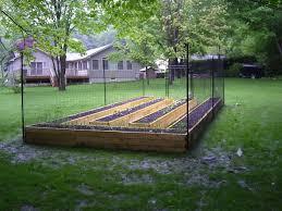 A Good Example Of A 100 Fence Kit Surrounding Bed Areas Backyard Fences Small Backyard Gardens Cheap Garden Fencing
