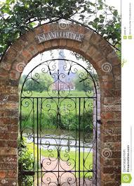 Pin By Gabi Mandl On New Home Garden Gates Brick Garden Brick Yard