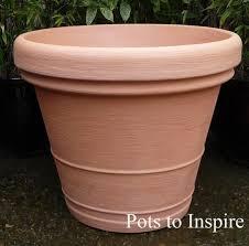 rota moulded quality plastic pot