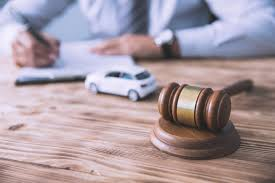 How Do I Decide When to Hire a Car Accident Lawyer? | Whisler Law Firm