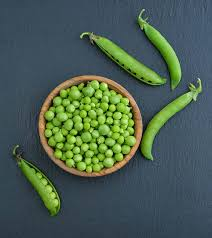 benefits of eating green peas for skin