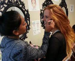 considering makeup artist courses 4