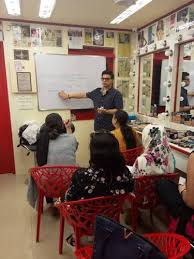best coaching in mumbai for makeup with