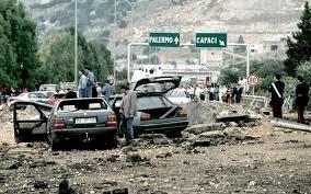 Strage di Capaci, le immagini dell'attentato del 23 maggio 1992 ...