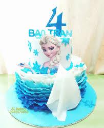 Bánh Sinh Nhật Nàng Elsa cho bé 4 tuổi