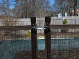 How To Choose The Best Pool Fence